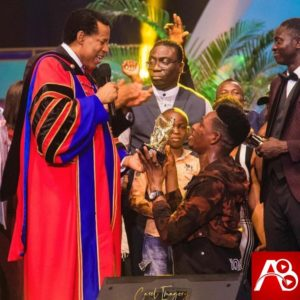 Founder, Christ Embassy, Pastor Chris Oyakhilome has splashed $100,000 on young Nigeria gospel artiste, Moses Bliss for winning the 2020 Loveworld International Music and Arts Award (LIMA 2020).  The award ceremony recognized giants in the gospel music industry that make up the Loveworld Music Ministry (LMAM).