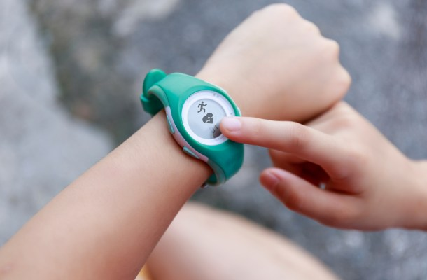 9 Best Fitness Trackers for Kids in 2021