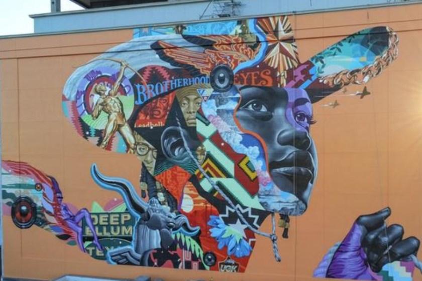 Mural de Tristan Eaton en The Stack