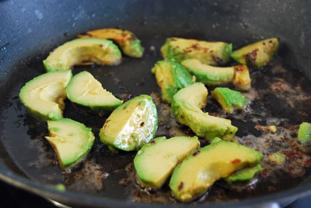 garnelen-avocado-pfanne3