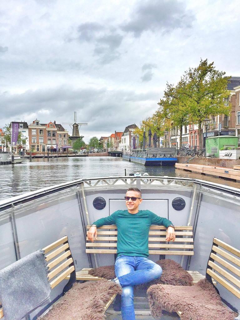 Andrea Petroni in Olanda