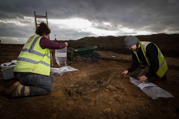 Carefully excavating the Roman burials