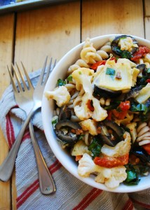 Roasted Caulilflower Pasta Salad (Gluten, dairy, egg, soy, peanut & tree nut free; top 8 free; vegan) Recipe by AllergyAwesomeness.com