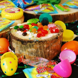 Allergy friendly Easter candy list by AllergyAwesomeness.com
