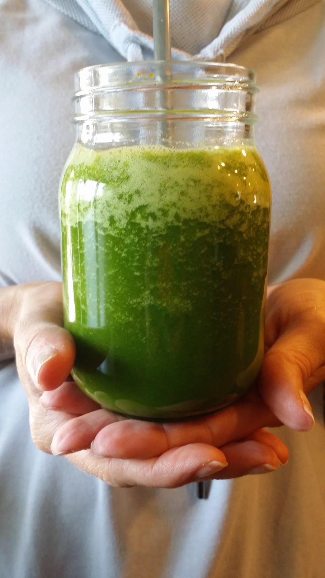 Cleansing & refreshing, blender Green Smoothie