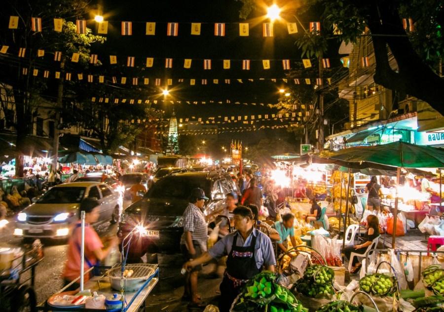 Marktstraße in Bangkok