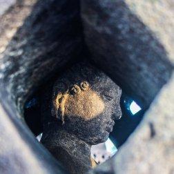 Buddha versteckt sich in Stupa