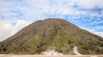 Mount Batok im Sea of Sand