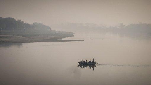 Der Fluss Yamuna hinter dem Taj Mahal