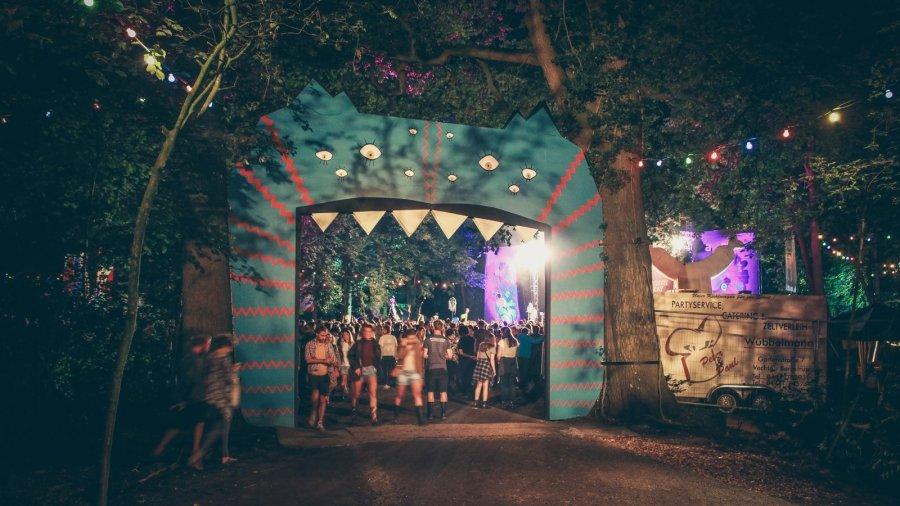 Eingang vom Appletree Garden