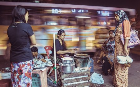 Essensstand in Rangun