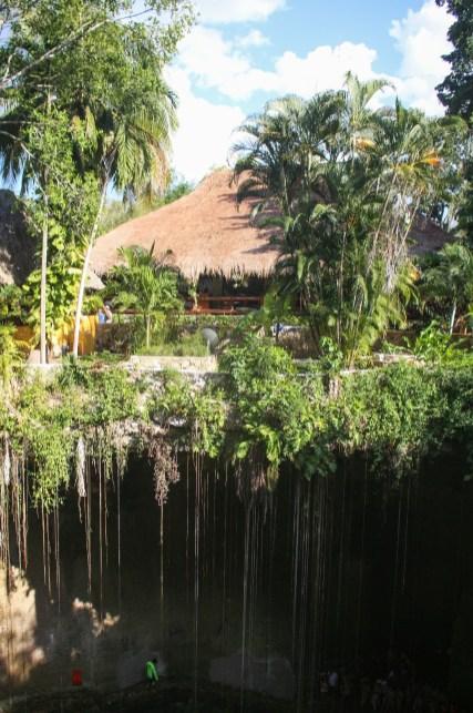 Cenote Ik Kil in Yucatan