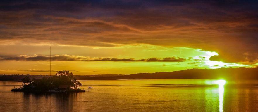 Sonnenuntergang in Flores