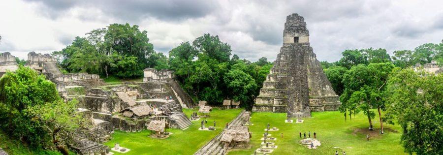 Plaza von Tikal