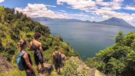 Weg nach Jaibalito am Lago de Atitlan