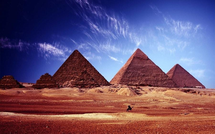 Las pirámides de giza