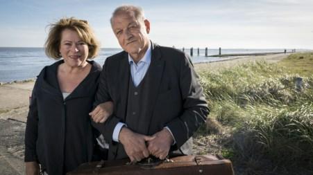 Anna und Georg auf Norderney. (Foto: ZDF / Thomas Kost)