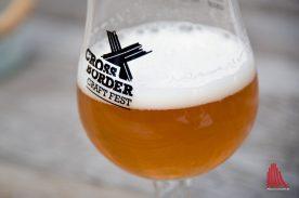Darum ging's: Das neue Bier von Finne und Stanislaus Brewskovitch. (Foto: Michael Bührke)