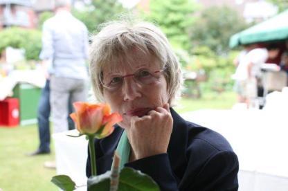 Sylvia Holzapfel liest aus ihrer Novelle. (Foto: Pressefoto)