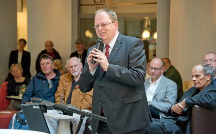 """Stadtdechant Jörg Hagemann hob die Bedeutung des Treffpunkt """"An der Clemenskirche"""" für die Stadtgesellschaft hervor. (Foto: Bührke/Alexianer Misericordia)"""
