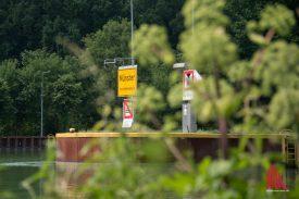 Die Schleuse des Dortmund-Ems-Kanals ist einen Abstecher wert. (Foto: Michael Bührke)