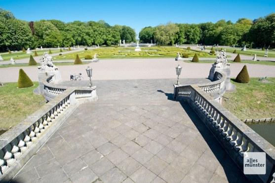 Die Parkanalage steht dem Schloss an Pracht in nichts nach. (Foto: Michael Bührke)