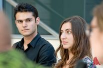 Die Architekturstudenten Majd Almoussallam (l.) und Katerina Neocleous. (Foto: Michael Bührke)