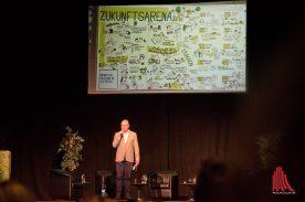 """Oberbürgermeister Markus hat zur """"Zukunftsarena"""" ins Jovel eingeladen. (Foto: Michael Bührke)"""