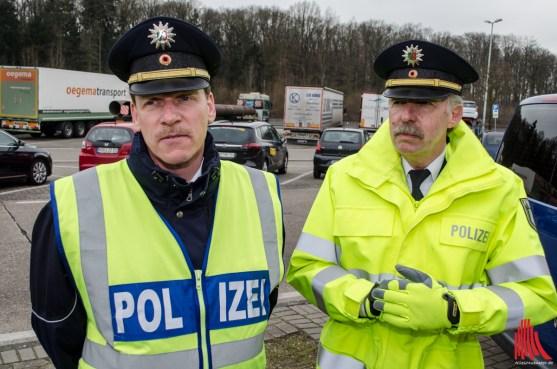Andre Weiß, stellv. Chef der Autobahnpolize (li.) und Polizeidirektor Udo Weiss (Foto: th)