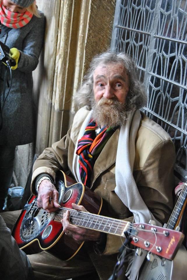 Onkel Willi machte über 20 Jahre lang Straßenmusik in Münsters Guter Stube.