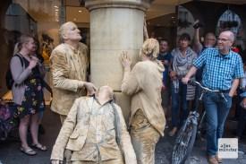 """Die """"Creatures"""" von Theater Titanick und Bodytalk. (Foto: Thomas Hölscher)"""