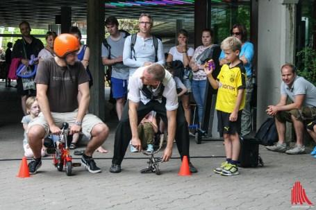 Beim Straßenkünstler Festival kommen die kleinen aber auch die großen Besucher auf ihre Kosten. (Foto: na)