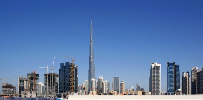Burj Khalifa 2 - TOP 10 ATTRACTIONS AND THINGS TO DO IN DUBAI