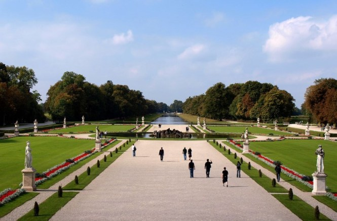 Slot Nymphenburg2 - TOP 10 ATTRACTIONS AND THINGS TO DO IN MUNICH GERMANY