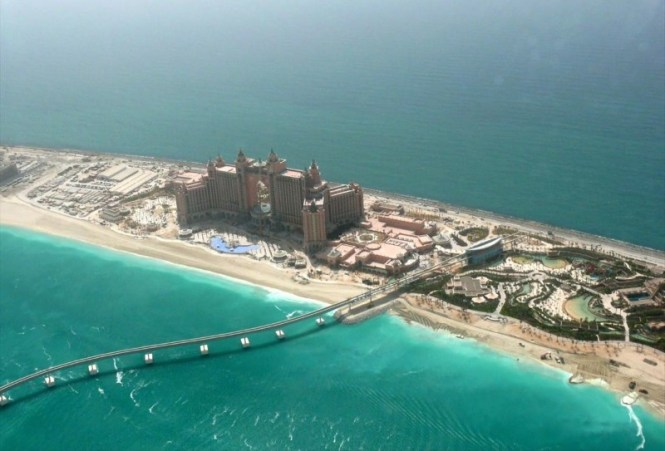 atlantis hotel - TOP 10 ATTRACTIONS AND THINGS TO DO IN DUBAI