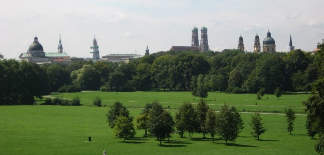 engelse tuin - TOP 10 ATTRACTIONS AND THINGS TO DO IN MUNICH GERMANY