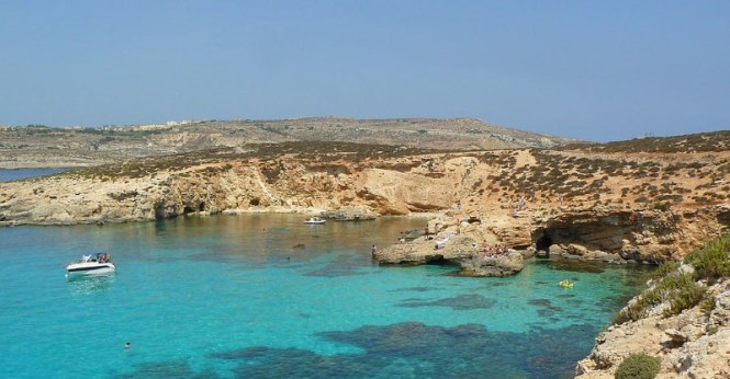 Blue Lagoon - TOP 10 BEST ATTRACTIONS AND THINGS TO DO IN MALTA