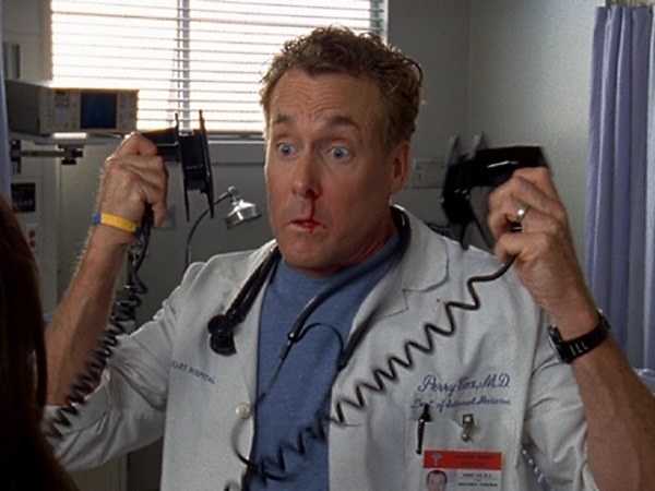 defibrillator - 10 Things that movies teach us but are not true