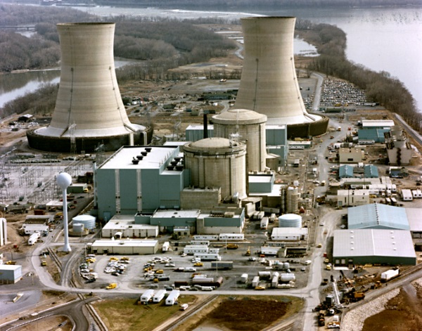 Three Mile Island - TOP 10 BIGGEST NUCLEAR DISASTERS IN HISTORY