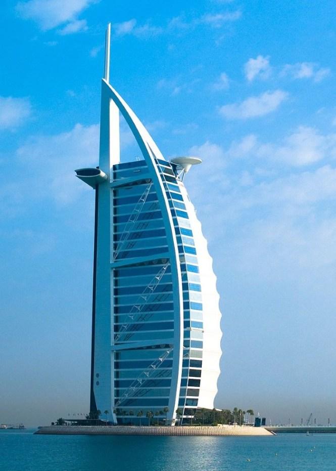 Burj Al Arab - TOP 10 MAN MADE ARTIFICIAL ISLAND
