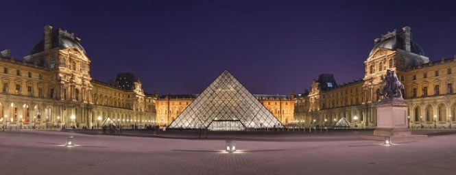 Paleis Het Louvre - TOP 10 LARGEST PALACES AND RESIDENTIAL BUILDINGS IN THE WORLD
