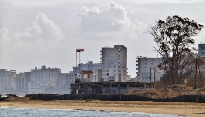 Varosha 2 - TOP 10 FAMOUS GHOST TOWNS