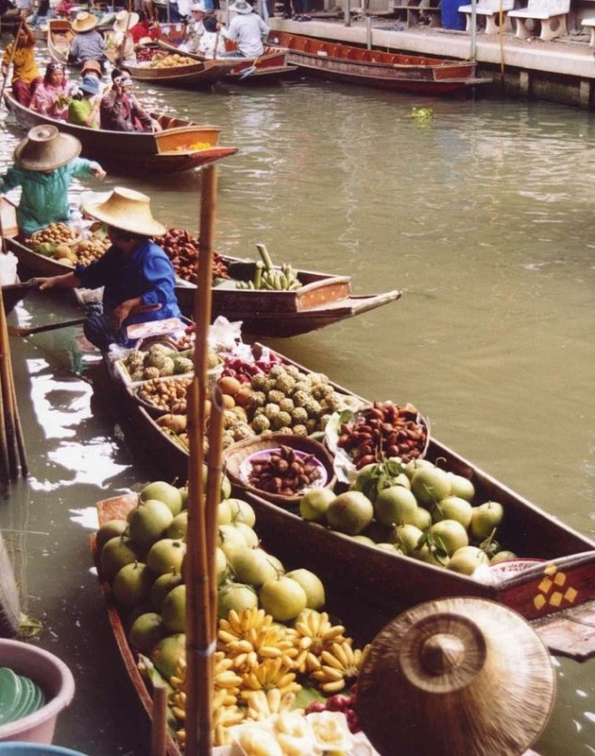drijvende markt - TOP 10 BEST TOURIST ATTRACTION IN BANGKOK FUN THINGS TO DO IN BANGKOK