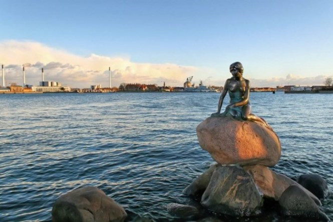 kleine zeemeermin 1 - TOP 10 BEST COPENHAGEN TOURIST ATTRACTIONS AND THINGS TO DO
