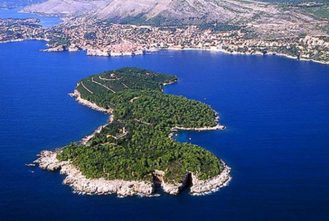 lokrum - TOP 10 TOURIST ATTRACTIONS IN DUBROVNIK FUN THINGS TO DO BEAUTIFUL THINGS TO SEE