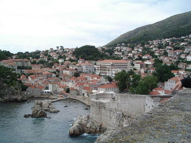 muren2 - TOP 10 TOURIST ATTRACTIONS IN DUBROVNIK FUN THINGS TO DO BEAUTIFUL THINGS TO SEE