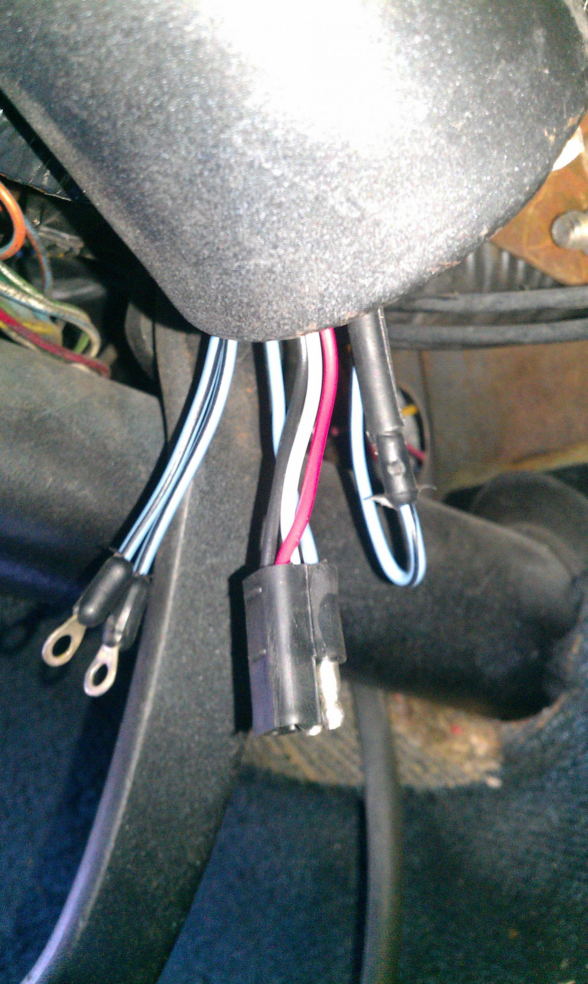 Need Assistance In Identifying Under Dash Wire Harness