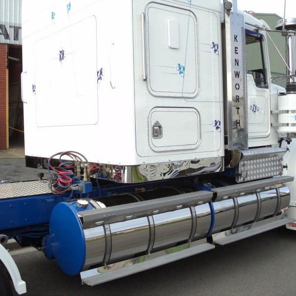 Truck 10 06 16 6 - Custom Build Fabrication