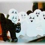 Ghostly Halloween Garland