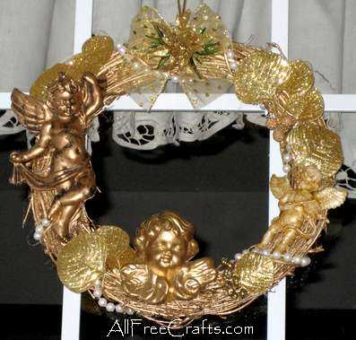 homemade cherubs wreath